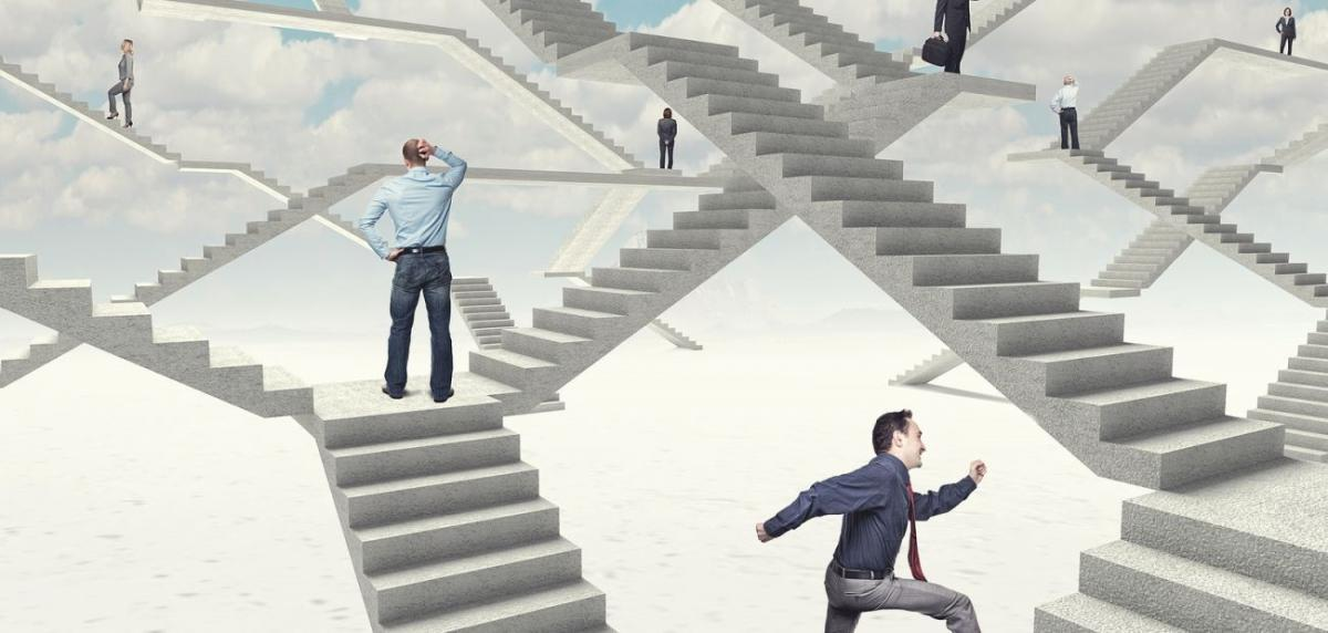 Desafios e Contradições nas Empresas